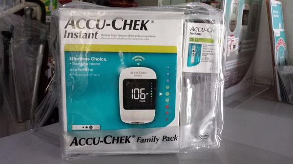 accucheck instant family pack