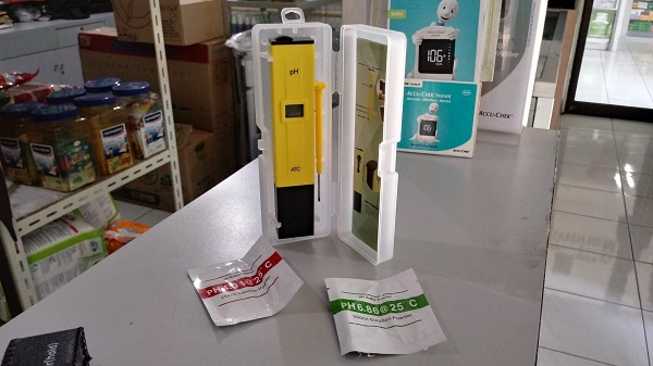 digital ph meter (2-4)