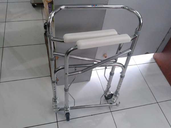 commode chair roda
