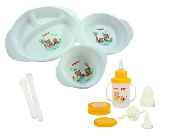 feeding set with training cup (1)